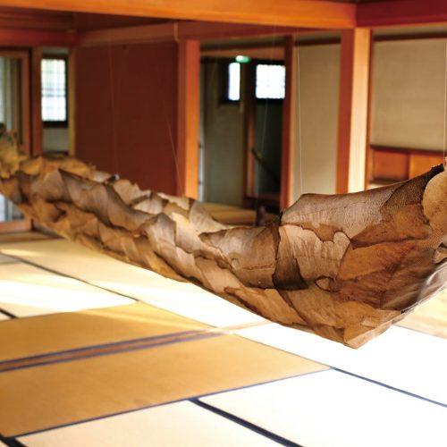 もの送りの舟の儀式(AIRアーティスト:杉原信幸×中村綾花)